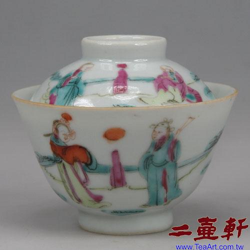 大清同治彩人物釉上彩迷你蓋碗,古董蓋杯,古董蓋碗