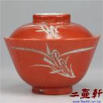 大清同治時期同治彩珊瑚紅白地蘭花蓋碗 小,古董蓋杯,古董蓋碗