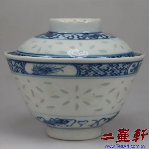 清末民國初年青花玲瓏蓋碗內團鶴 康熙年製,古董蓋杯,古董蓋碗