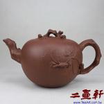 清水泥紫砂大松鼠葡萄豐收壺,早期中國宜興一廠原礦紫砂壺